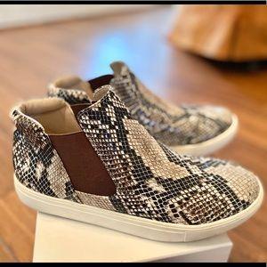 Coconuts by Matisse Harlan Snake-print Sneaker